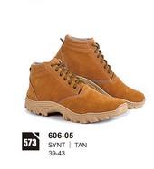 Sepatu Boots Pria 606-05