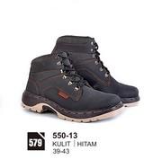 Sepatu Boots Pria 550-13