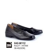 Sepatu Formal Wanita 042-M112