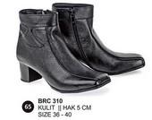 Sepatu Boots Kulit Wanita BRC 310
