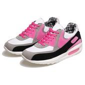 Sepatu Olahraga Wanita BLG 240