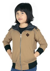 Pakaian Anak Perempuan CDG 131