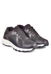 Sepatu Olahraga Pria CBR Six PAC 424