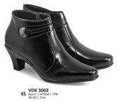 Sepatu Boots Wanita Everflow VDK 3002