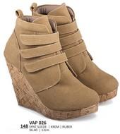 Sepatu Boots Wanita VAP 026
