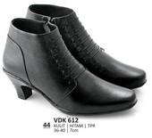 Sepatu Boots Wanita VDK 612