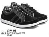 Sepatu Sneakers Pria VJM 05