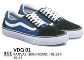 Sepatu Sneakers Pria VDQ 01