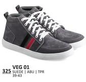 Sepatu Sneakers Pria VEG 01