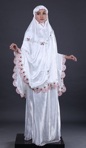 Mukenah GMB 5621