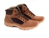 Sepatu Adventure Pria GAJ 2047