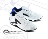 Sepatu Bola Pria Golfer GF 9108