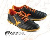 Sepatu Bola Pria GF 9110