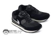 Sepatu Olahraga Pria GF 7103