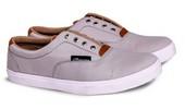 Sepatu Sneakers Canvas Pria GS 6012