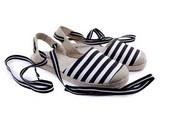 Sepatu Casual Wanita H 7076