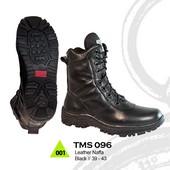 Sepatu Boots Pria TMS 096